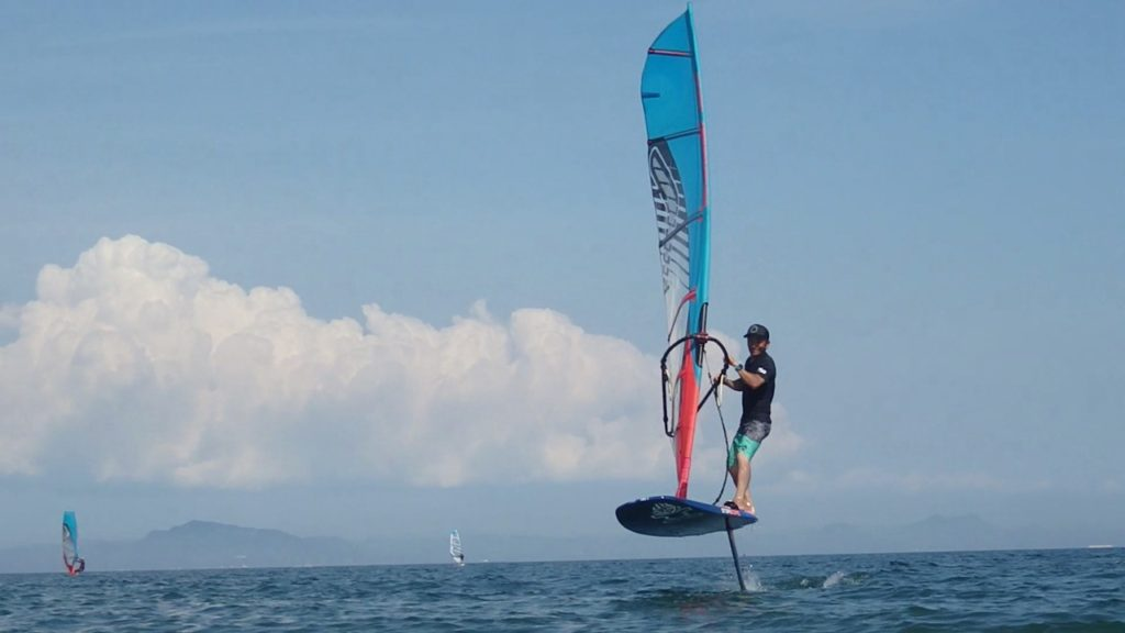 ファインフォイルスクールsurffoil supfoil windsurfing foil三浦海岸